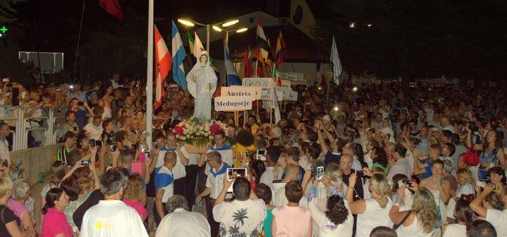 26-Mladifest-procesija.jpg